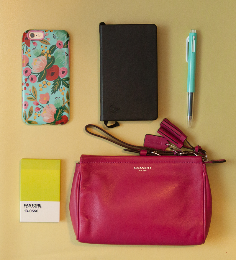 What's in my bag: iphone 6