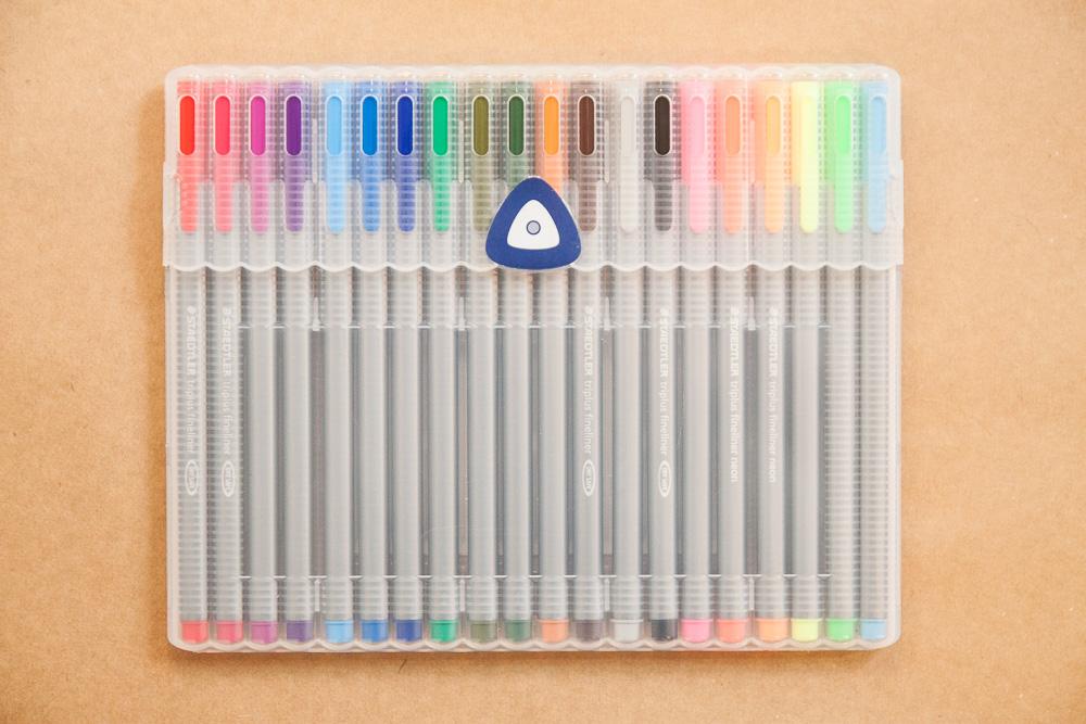 Crayola Desk Easel Crayola Pink Double Easel Walmart Com